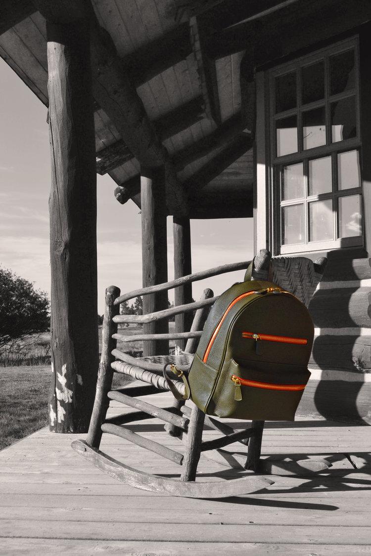 italian green backpack matteo perin.jpg