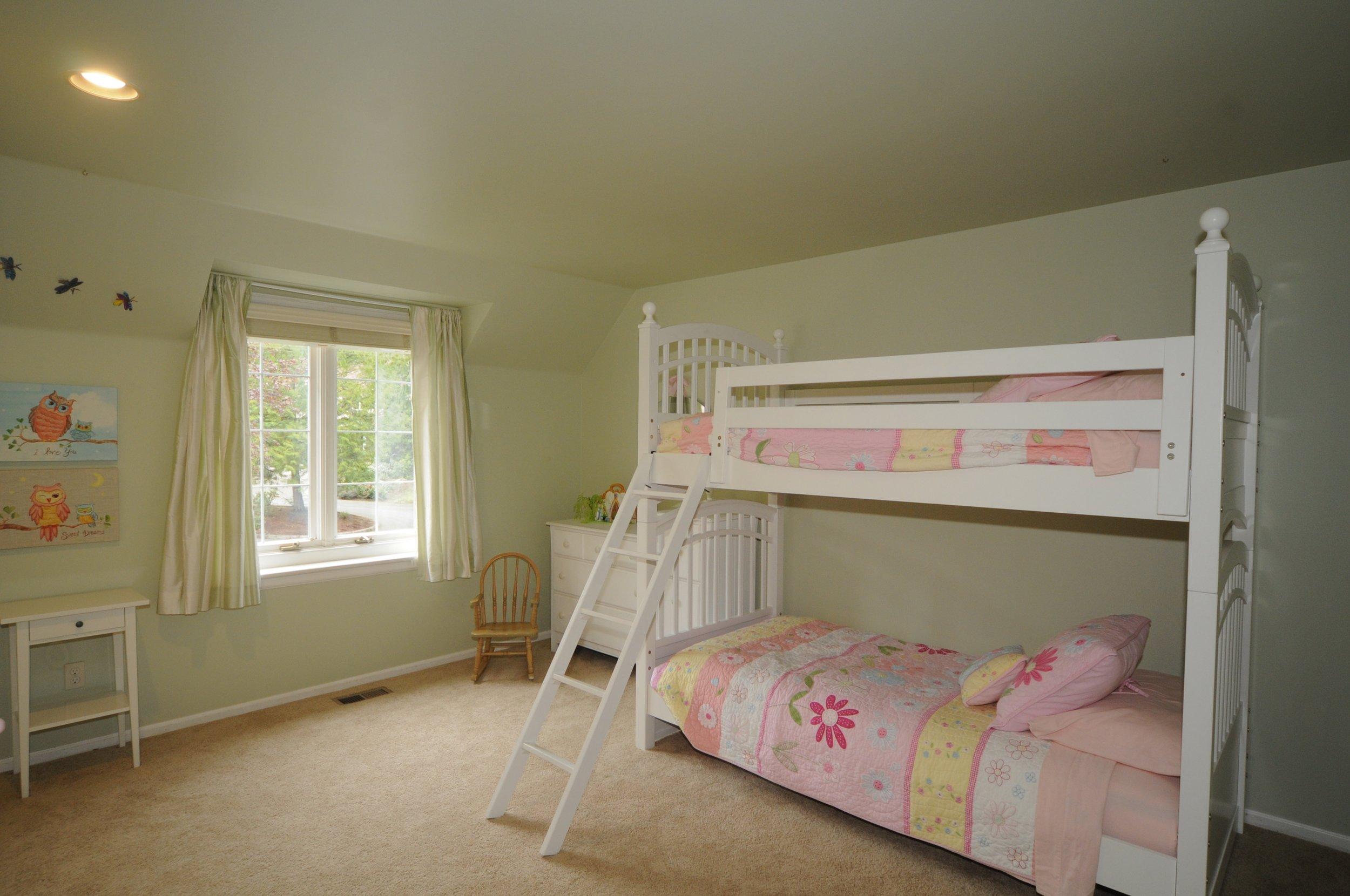 redmond_buchan_guest room 2.jpg