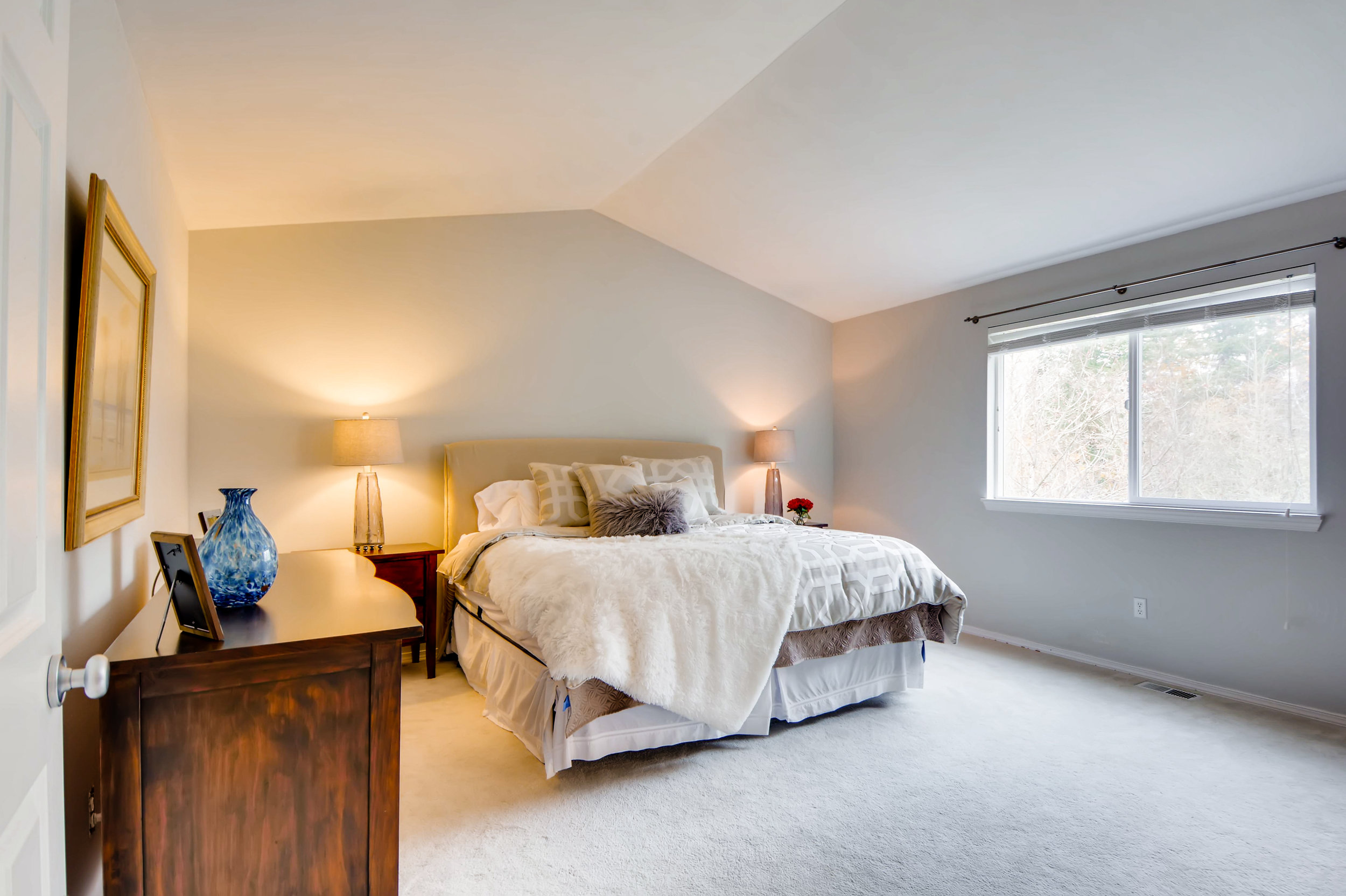 2524 248th Ter NE Redmond WA-print-016-11-2nd Floor Master Bedroom-3600x2398-300dpi.jpg