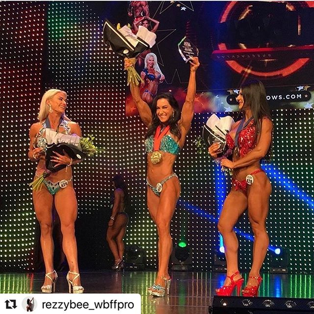Congratulations to @rezzybee_wbffpro and coach @adamlex__ on Renay winning her division at yesterday's @wbff_aust comp AND BEING AWARDED HER PRO STATUS! Renay you have inspired an entire gym with your dedication and work ethic - you're next level. Get ready for lots of member hugs and high fives when you return. YOU DID IT GIRRRRRRL!! #strengthrepublic #motivation #fitnesspro #wbff #wbffpro #wbffaustralia