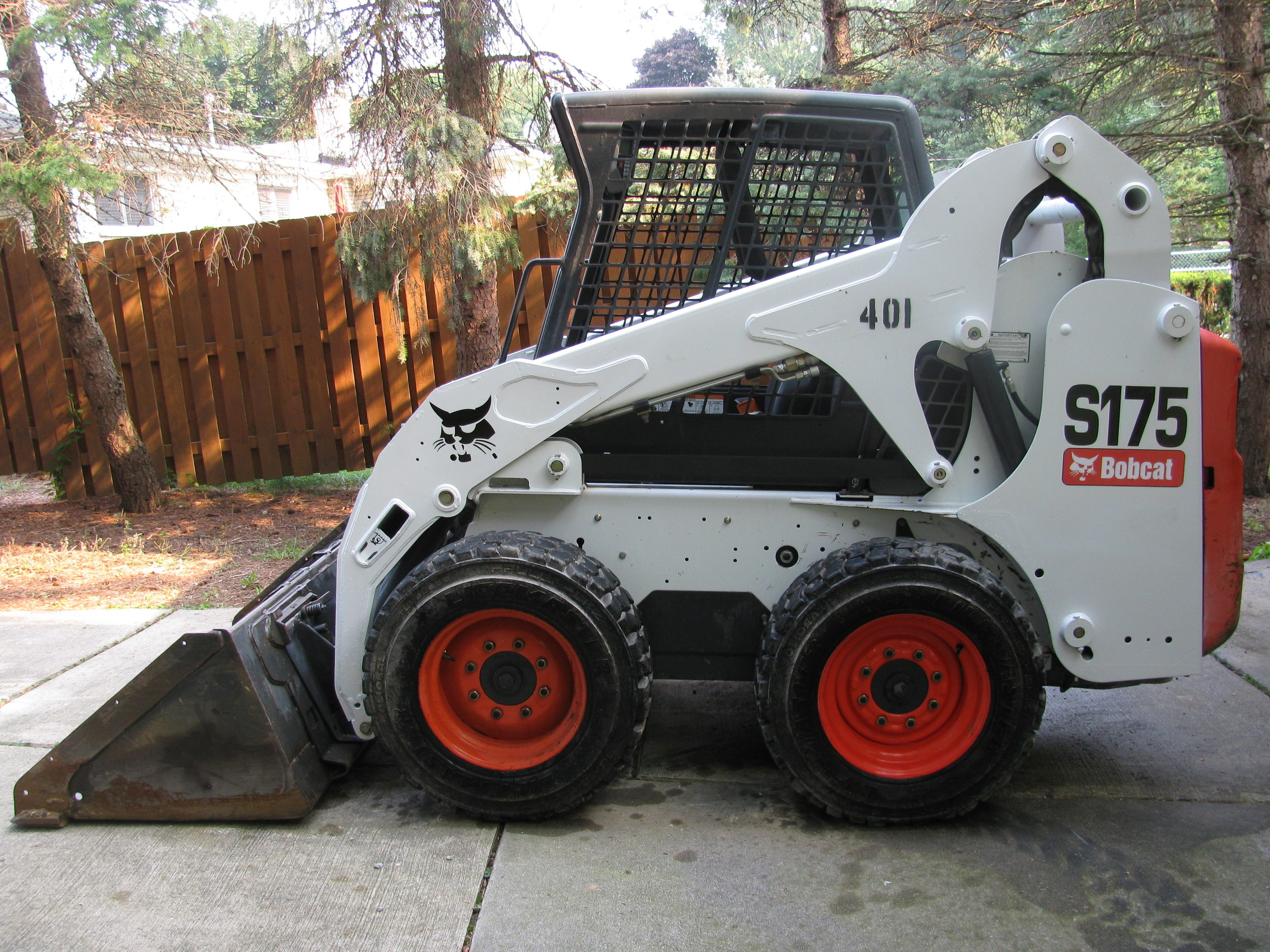 2011 Bobcat S175