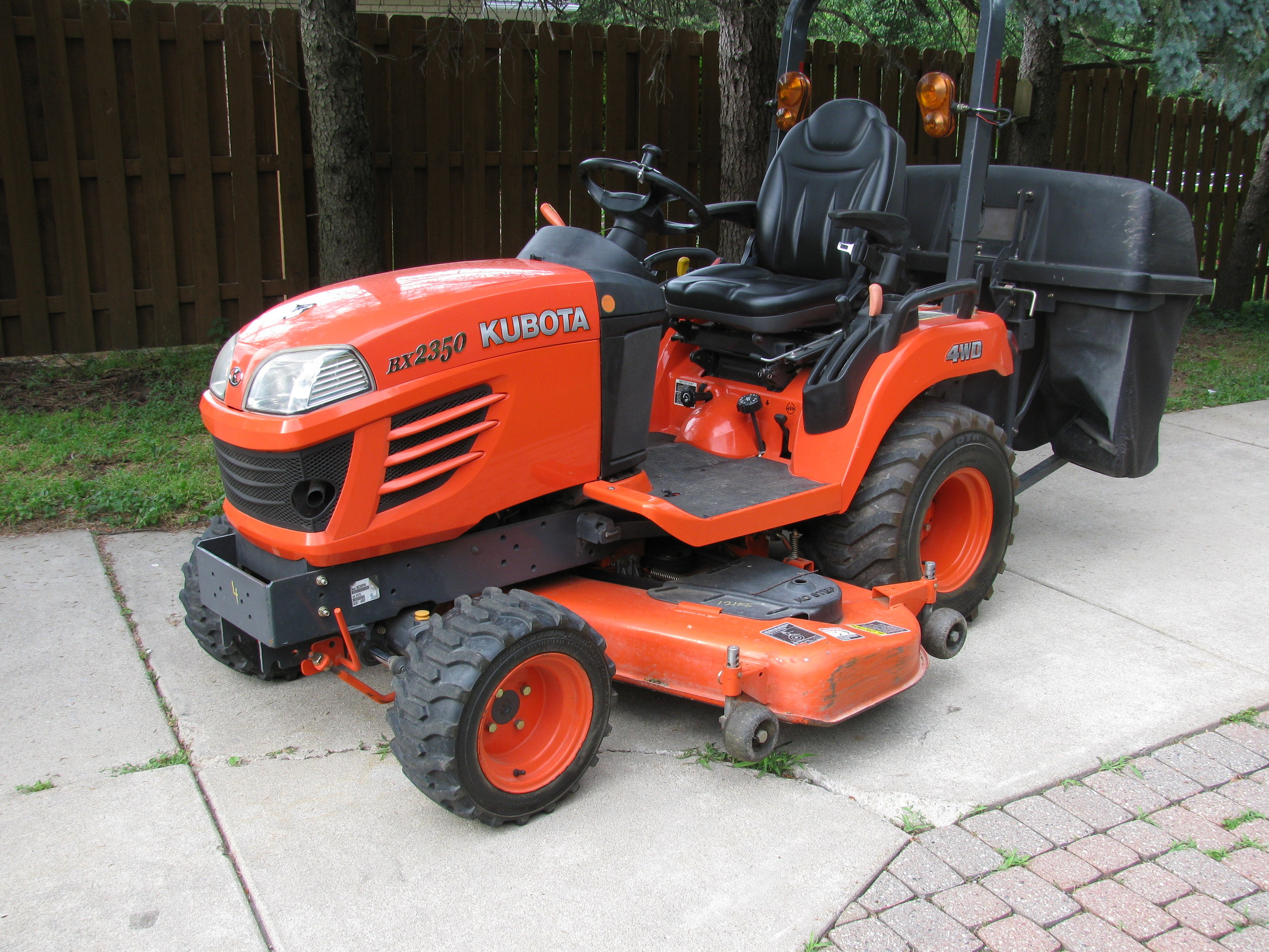 "2008 Kubota BX2350 Utility Tractor | 673 Hours | 23 hp Diesel Engine | 60"" Mower Deck 