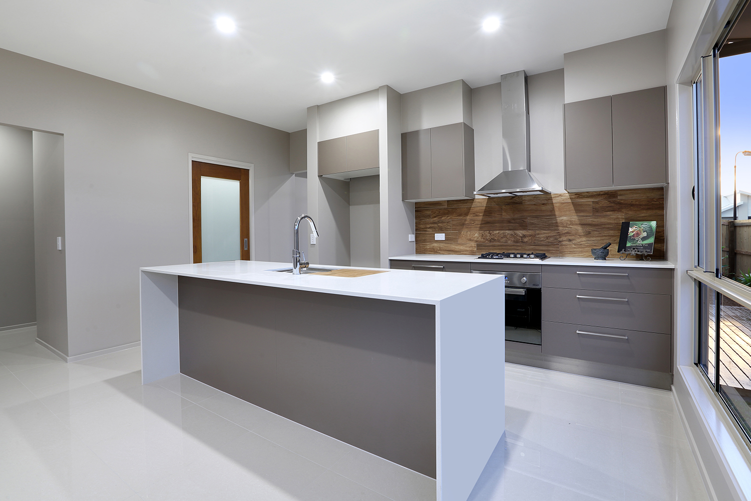 udconstruction-kitchen3.jpg