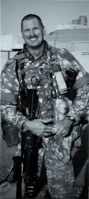 Gordon L Ewell in Iraq (2006).png