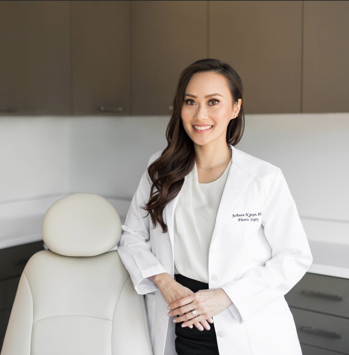 Dr-Joanna-Nguyen-Plastic-Surgeon-Beverly-Hills-Los-Angeles.png