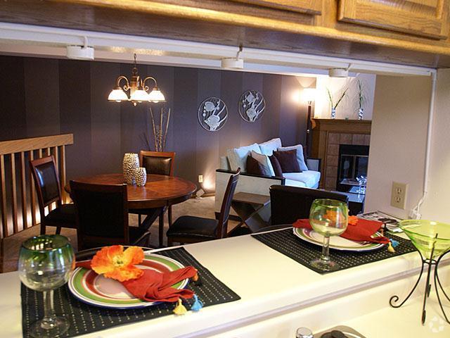 presidio-square-milwaukee-wi-kitchen.jpg