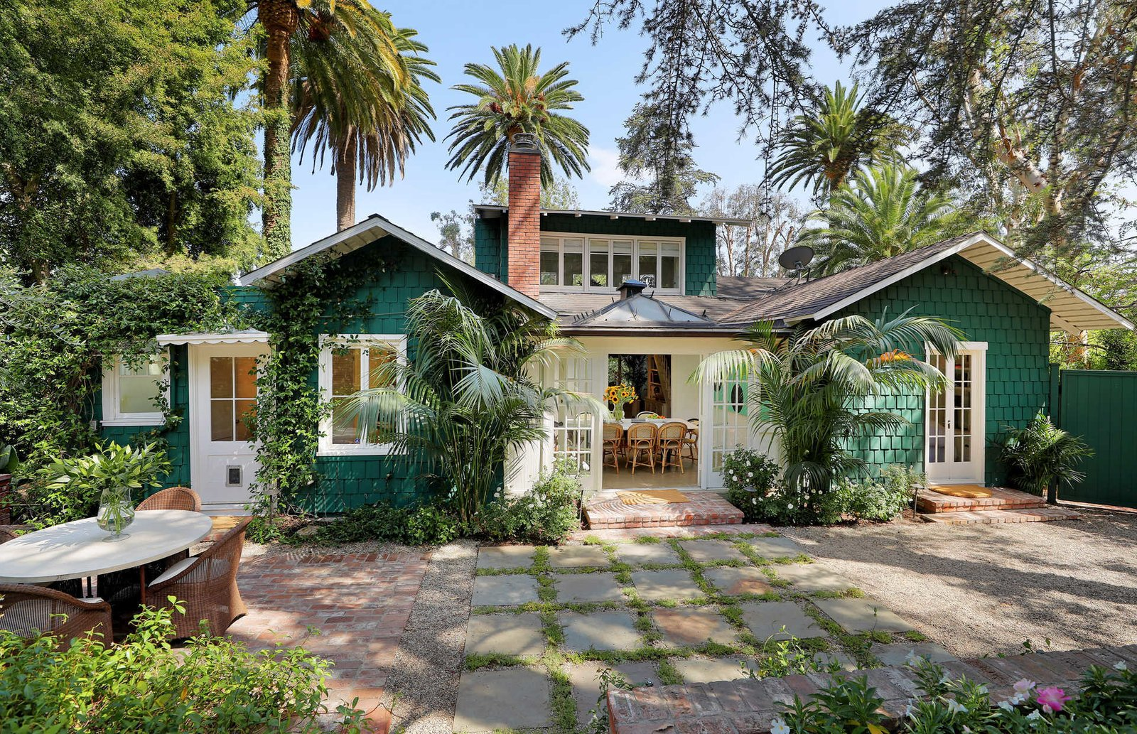 the-110-year-old-california-craftsman-bungalow-is-at-once-rich-in-history-and-entirely-suited-to-todays-discerning-tastes.jpg