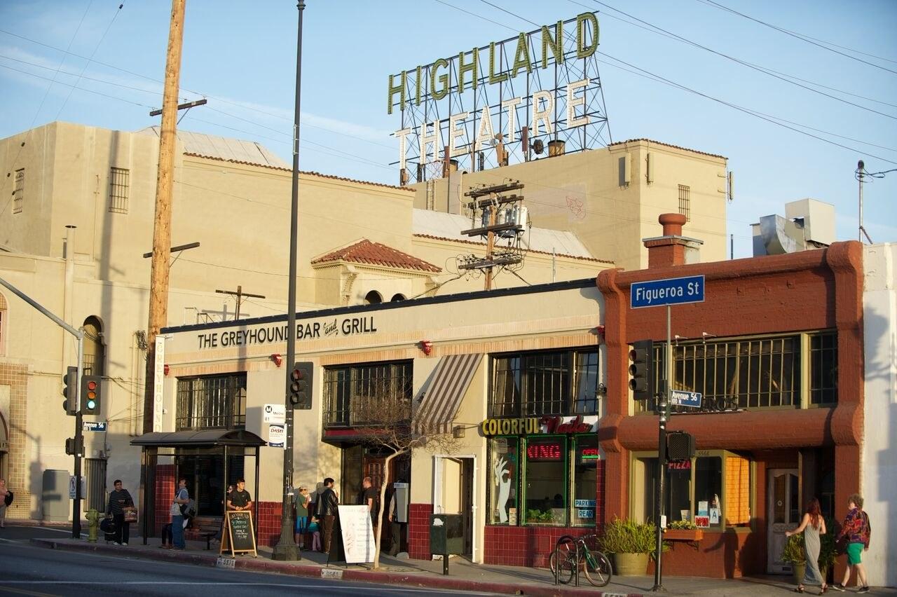 01-highland-park-greyhound-bar.jpg