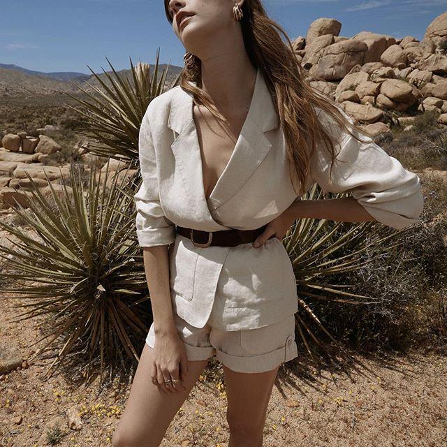 Desert dreaming with @sanctuaryclothing #styledbyme @kylarae_ 📸 @juliettelabelle h/m @nicolahamiltonmakeup ✨ . . #lovemyjob #stylist #joshuatree #instagood #instafashion #fashionstyle #fashionaddict #fashiongram #fashioninspiration #fashionlover  #lookoftheday #fashionistastyle #ootd  #styledaily #whatiwear #igdaily#styleoftheday #fashioninsta #fashioninstagram #theworldisbeautiful