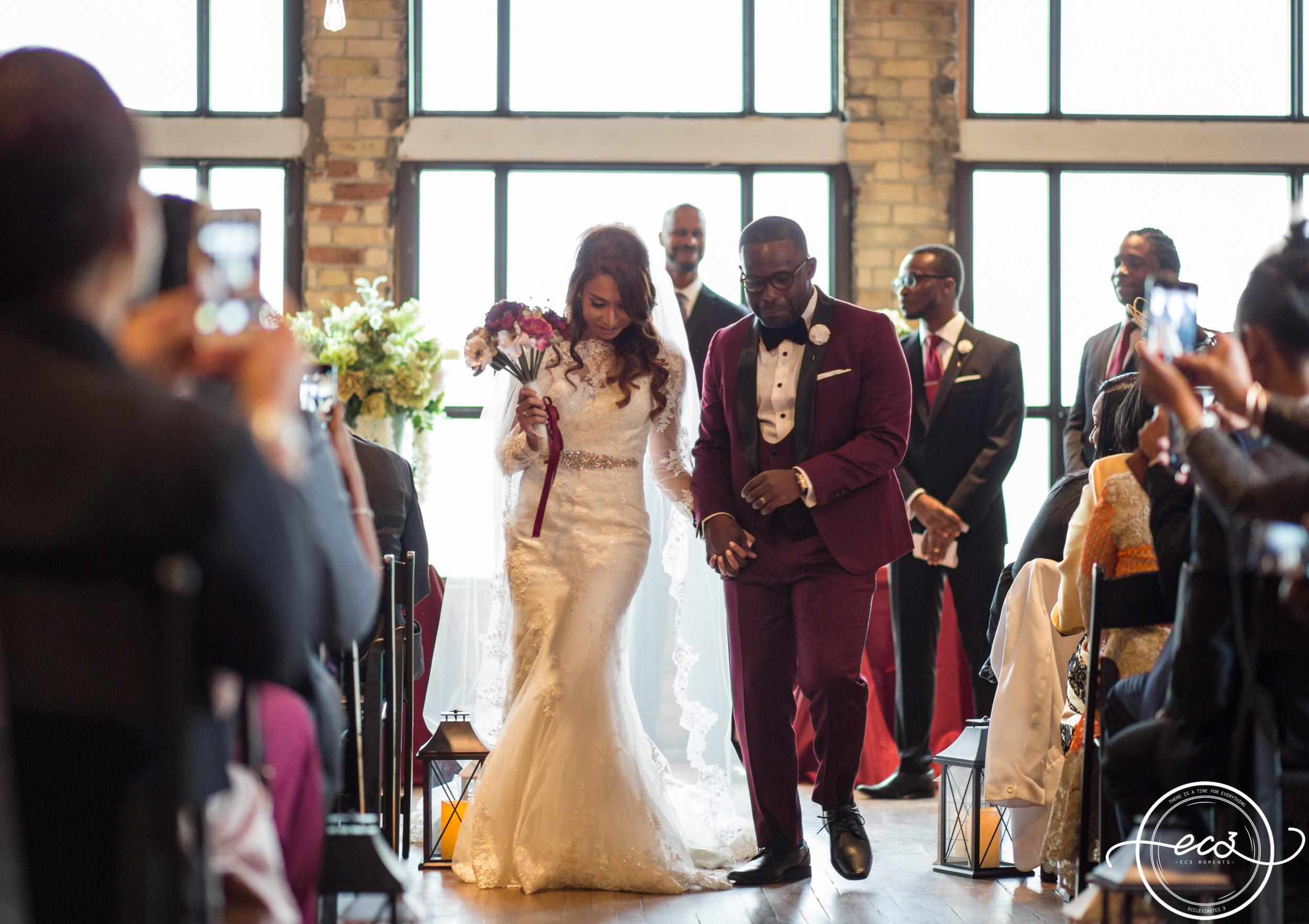 AA-Rustic-Toronto-Burroughes-Wedding26.jpg