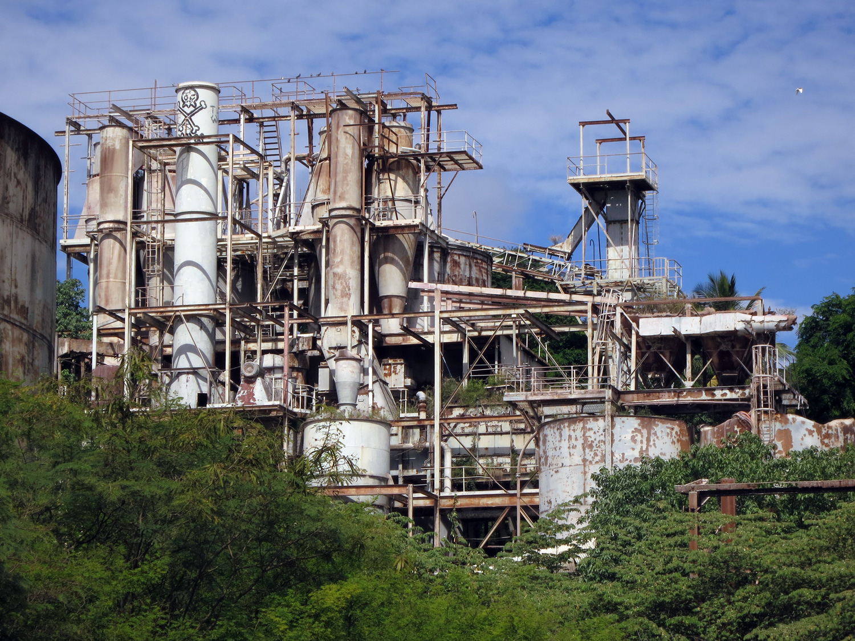 Phosphate-works,-Nauru.jpg
