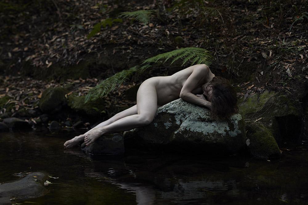 Niki_Gudex_Self_Portrait_Gully_03.jpg