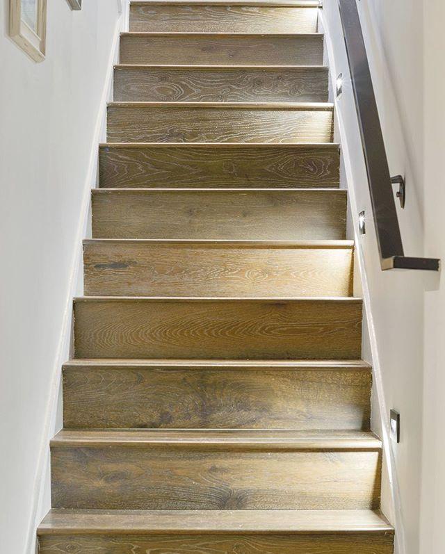 Stairway to design heaven 😎 . . . #renovationproject#designbuild#stairrenovation#stairs#stairlighting#bayarearealestate#oaklandrealestate#welovearchitecture#interiordesign#homedesign#propertydeveloper#designandbuild#californiahome#luxuryhome#luxdesign#interiorstairs#artemisinvestments#lighting