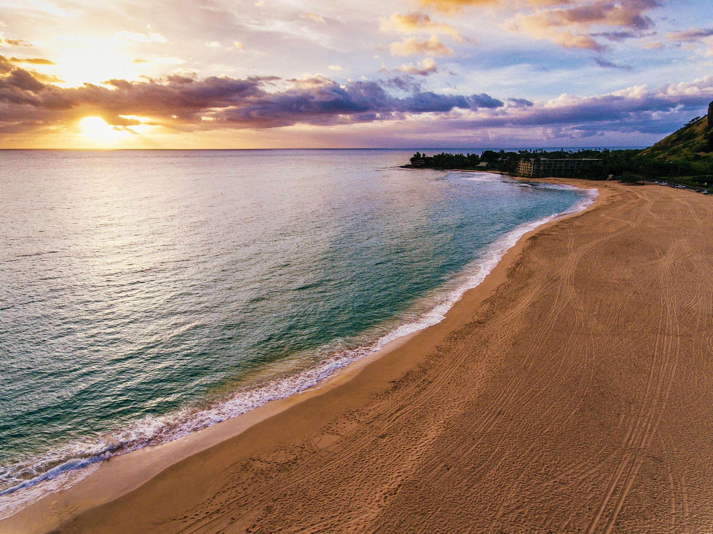 sunset makaha beach