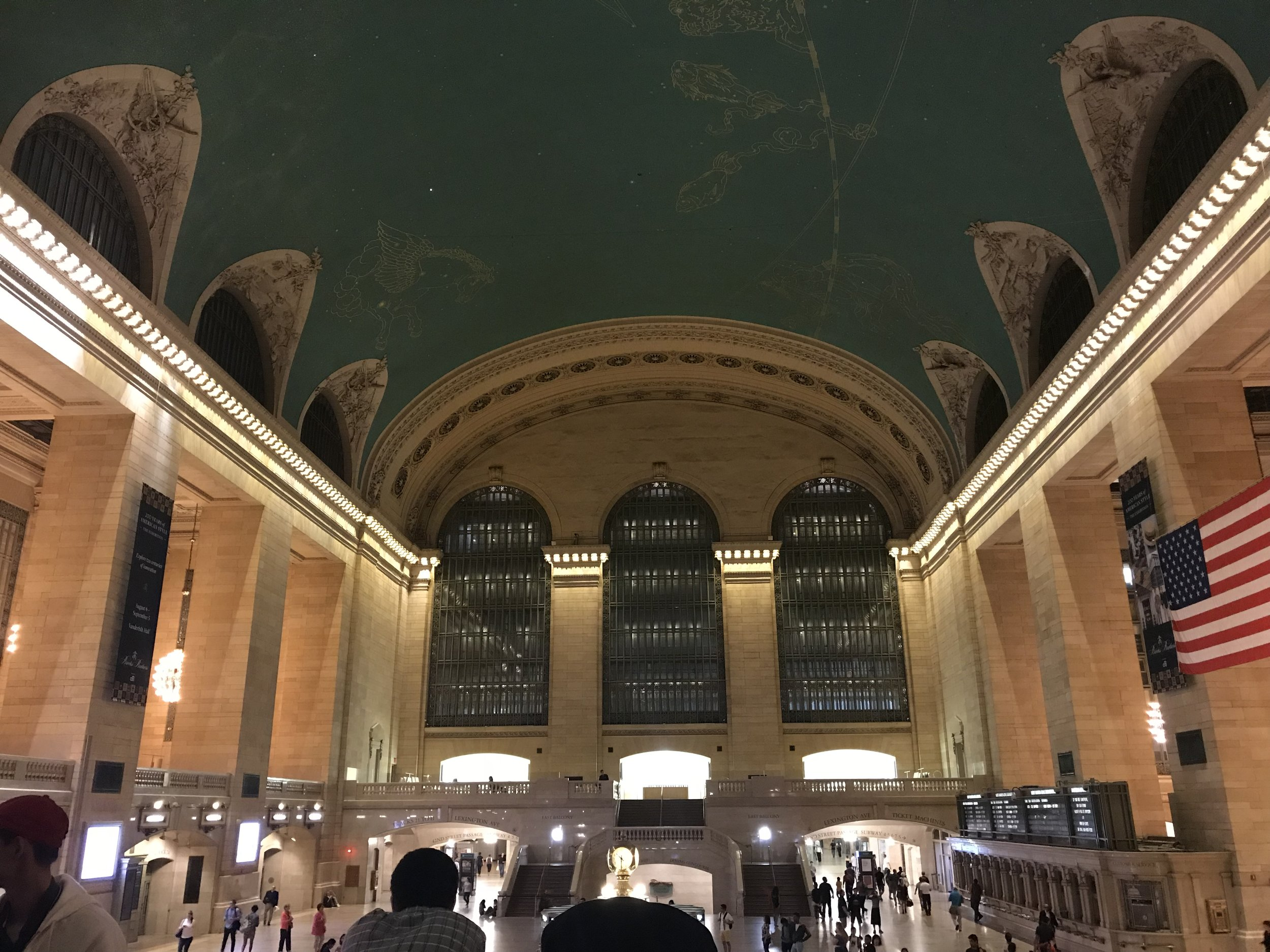 This is how Grand Central looked before I went into The Campbell — not too crowded, but still plenty of tourists and commuters.