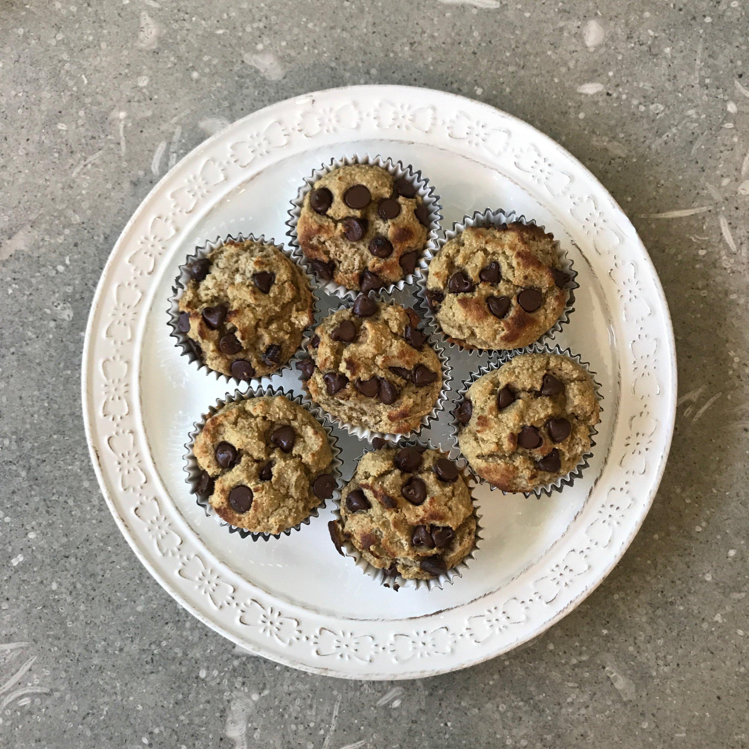 flourless banana muffins