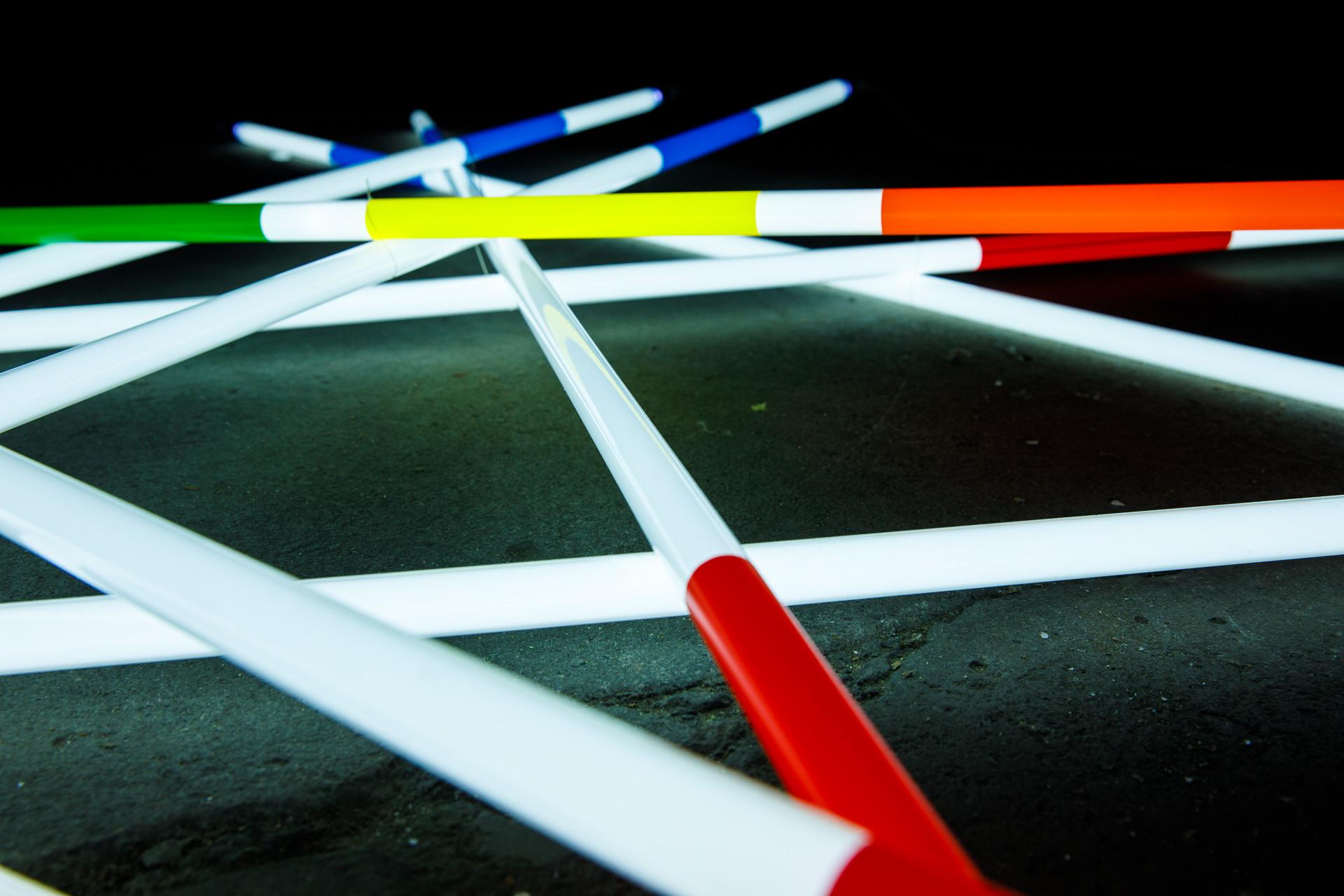 Neon Art Kunstobjekte aus Neon, Nino Miloni, Artist