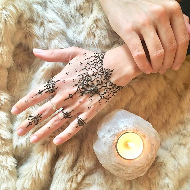 Henna pro kamaradku ✨