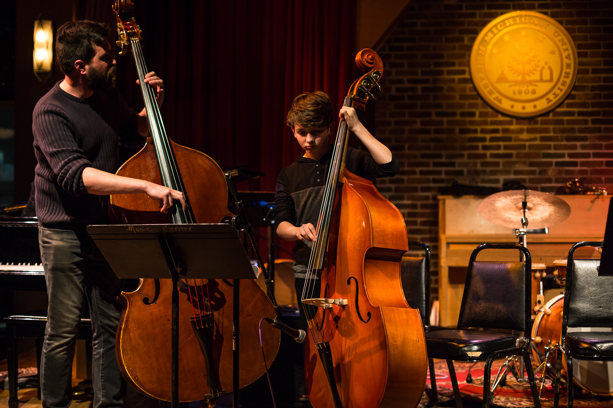 Bass faculty Andrew Peck joins his student on stage at the Union Cabaret and Grille for a duo performance in February 2019.