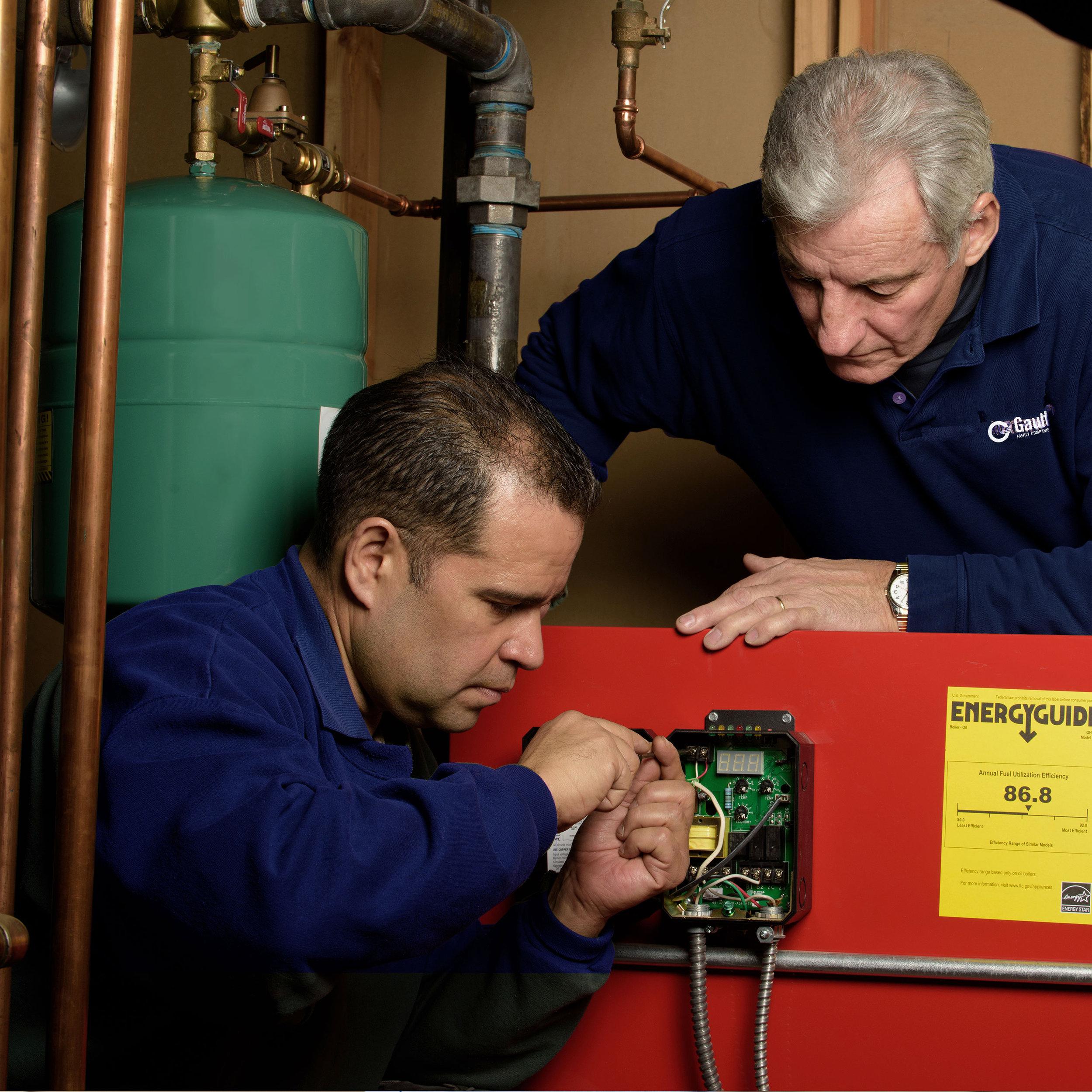 Gill & Ray, Service Technicians