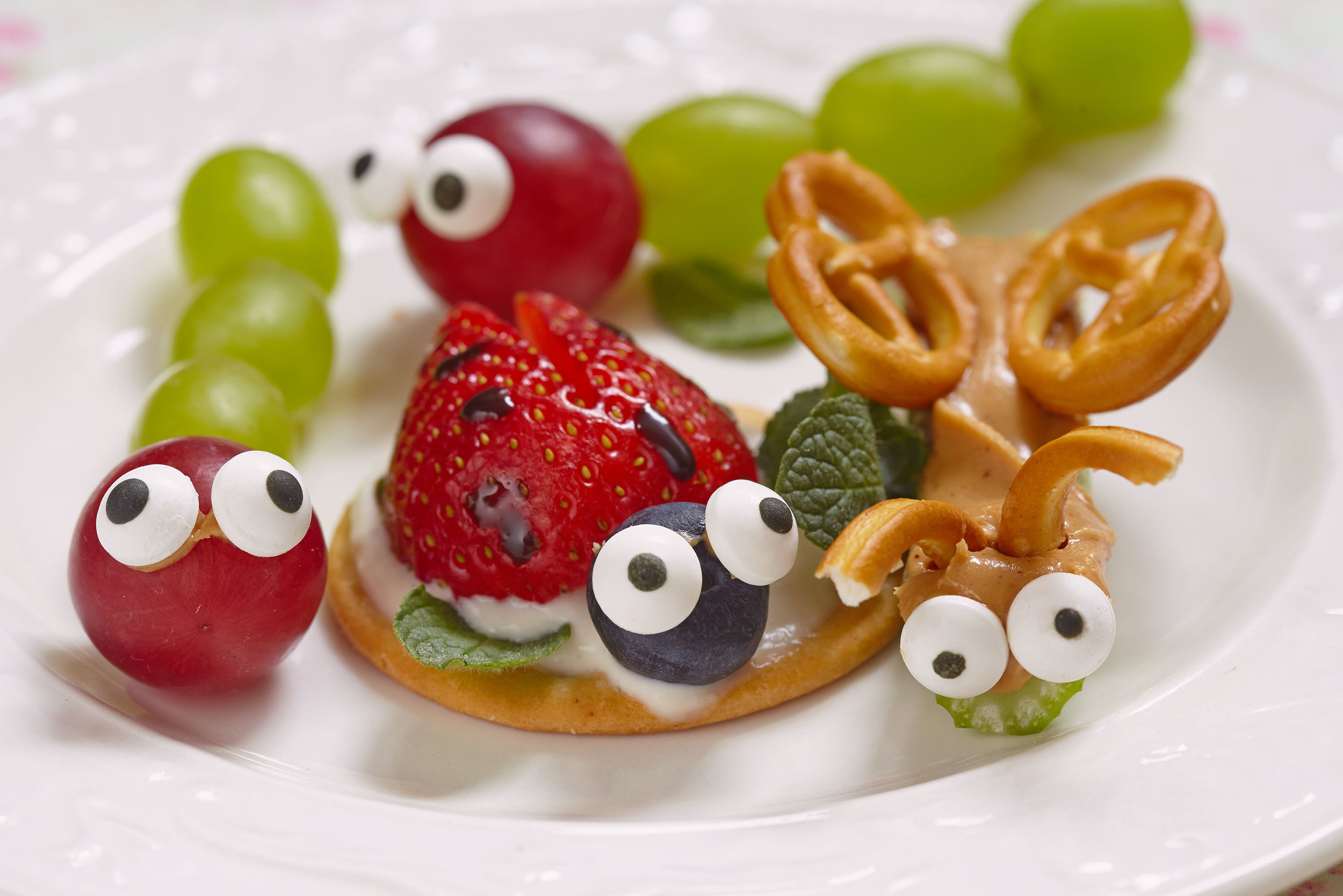 You can't get simpler than these slimy, slithery snacks. -