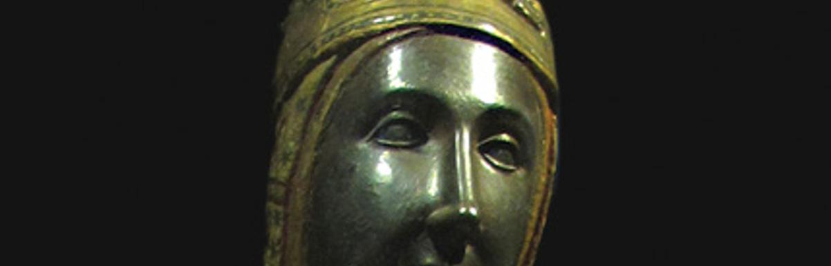 Statue-Madonna_Montserrat1200x385.png