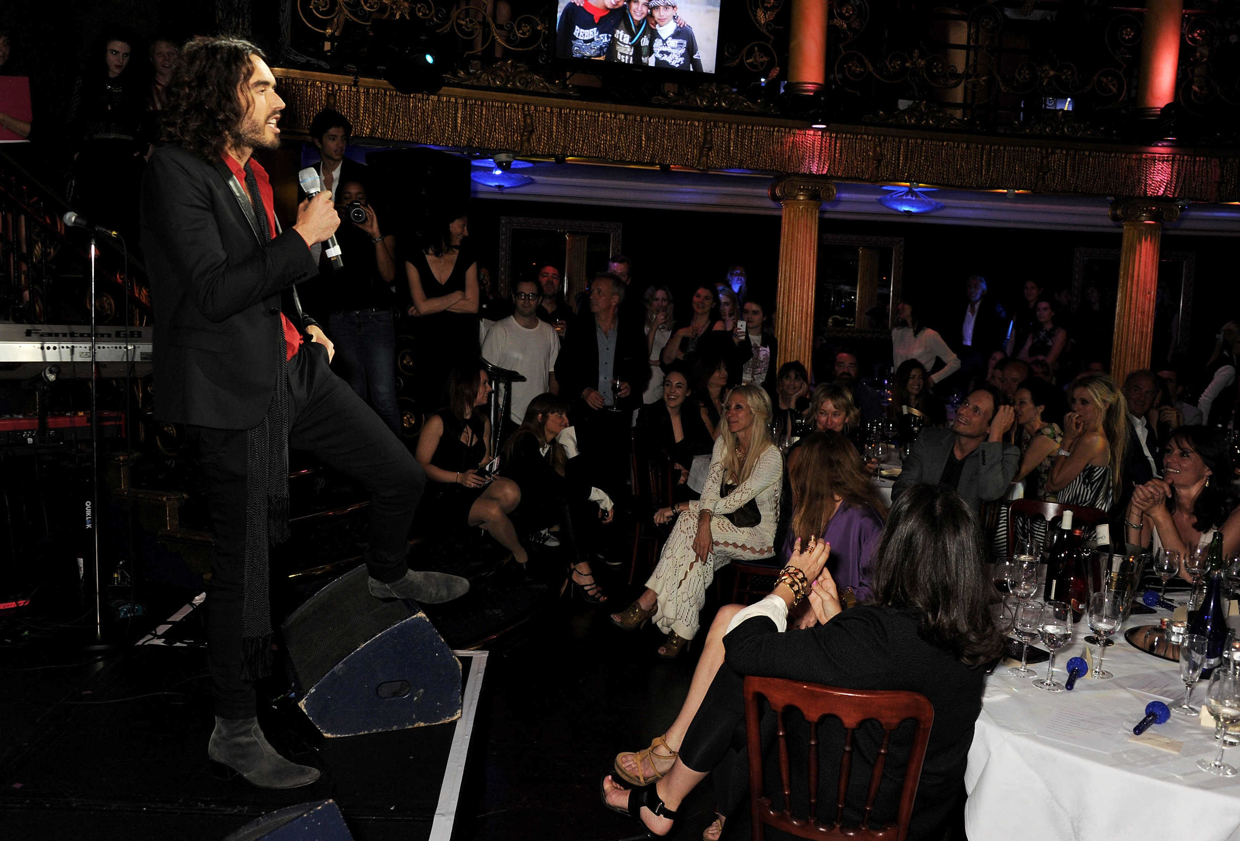 Russell Brand entertaining the crowd.JPG