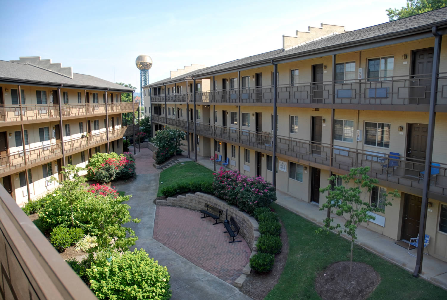 Maplehurst Park Apartments   Knoxville, Tennessee