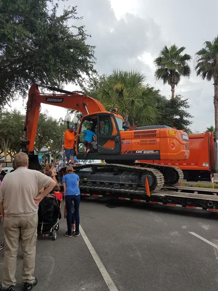 Touch a Truck 180728 7.jpg