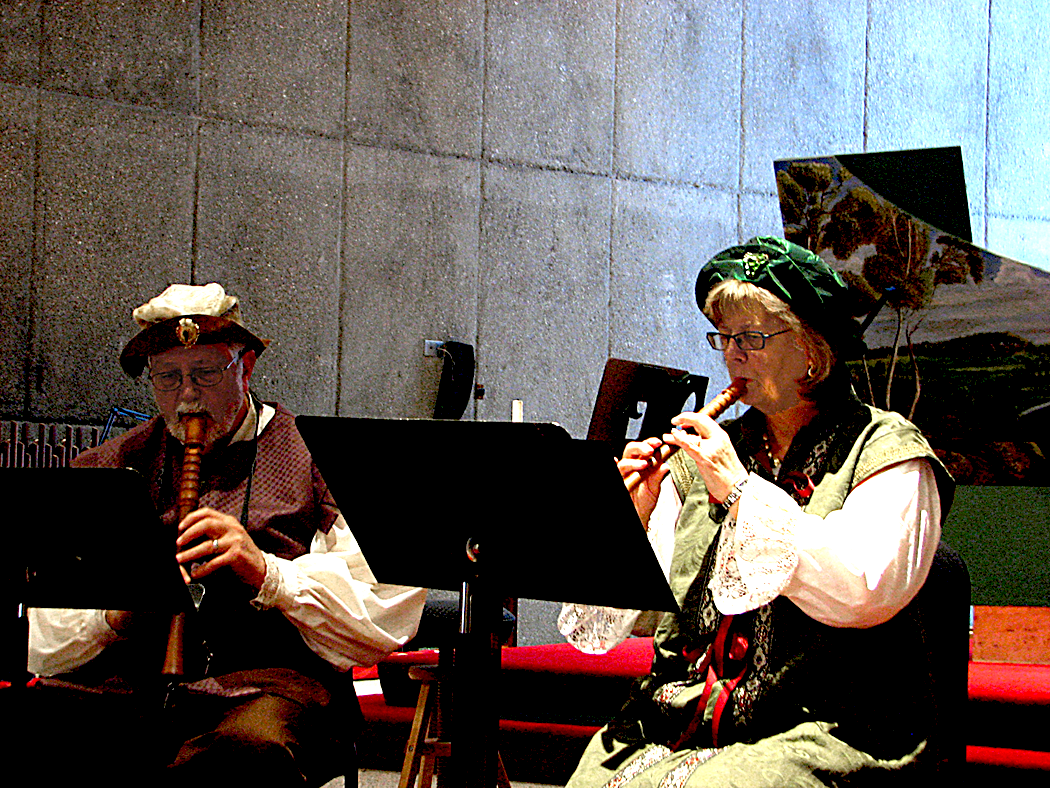 Barrie & Lucinda playing at the February 2016 concert at St. Paul's by-the-Sea