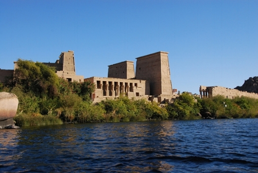 Temple_of_Isis_at_Philae.jpeg