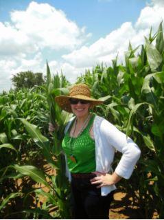 Jennifer in a South African corn field.