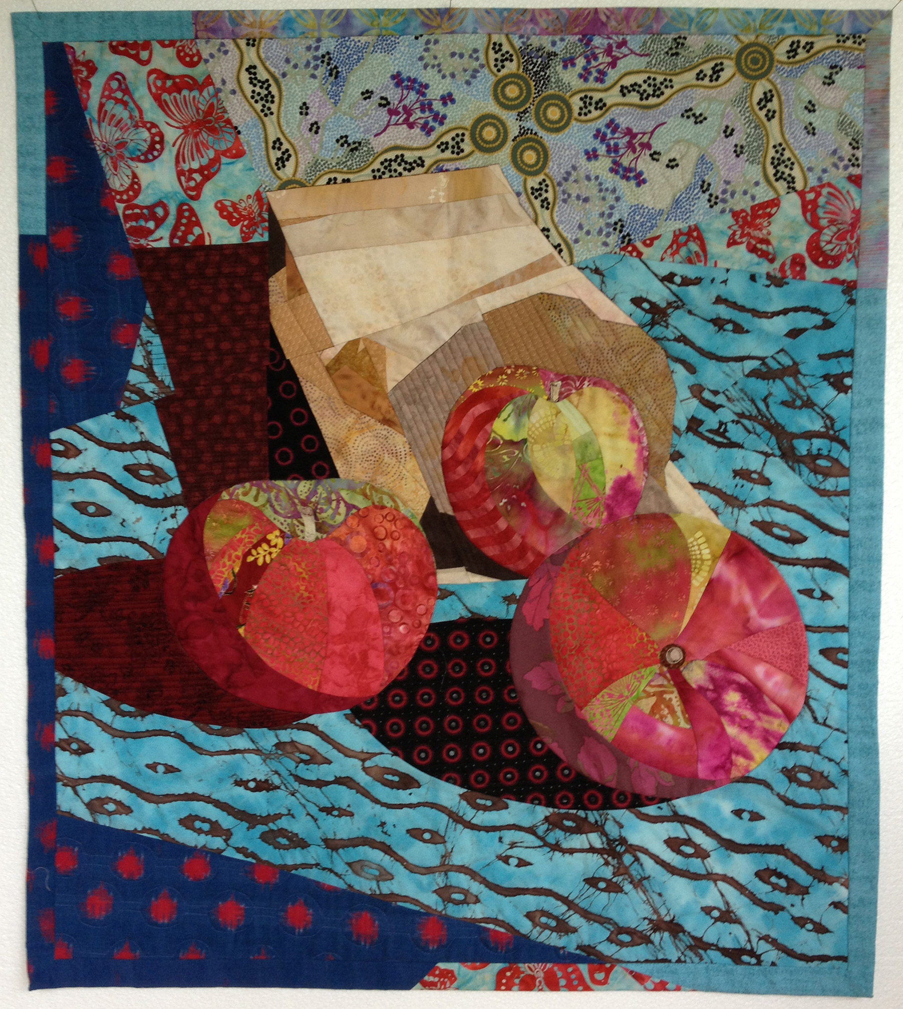 """Three Apples and a Paper bag - 29"""" x 34""""In my second workshop with Ruth MacDowell I really wanted to learn to sew curved seams and also create a design from my own image. I have fond memories of learning from Ruth in this workshop, she retired from teaching the following year."""