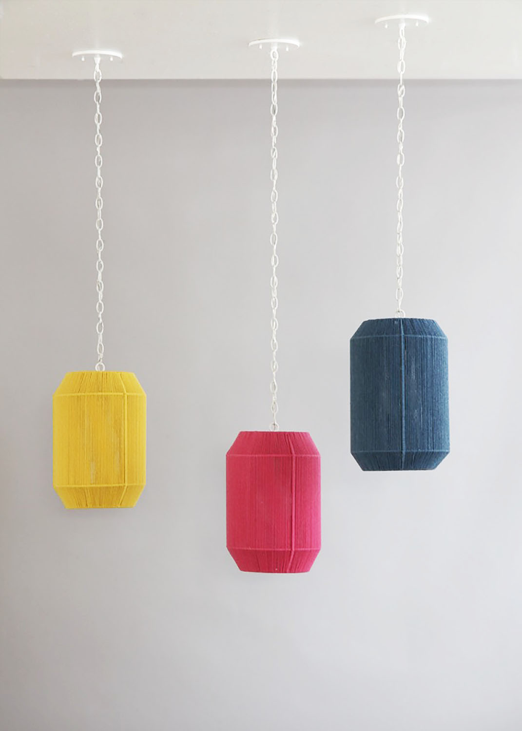 Rope_C-181_Modern+Cyliner+Pendant_White_Yellow,Pink,Blue_on.jpg