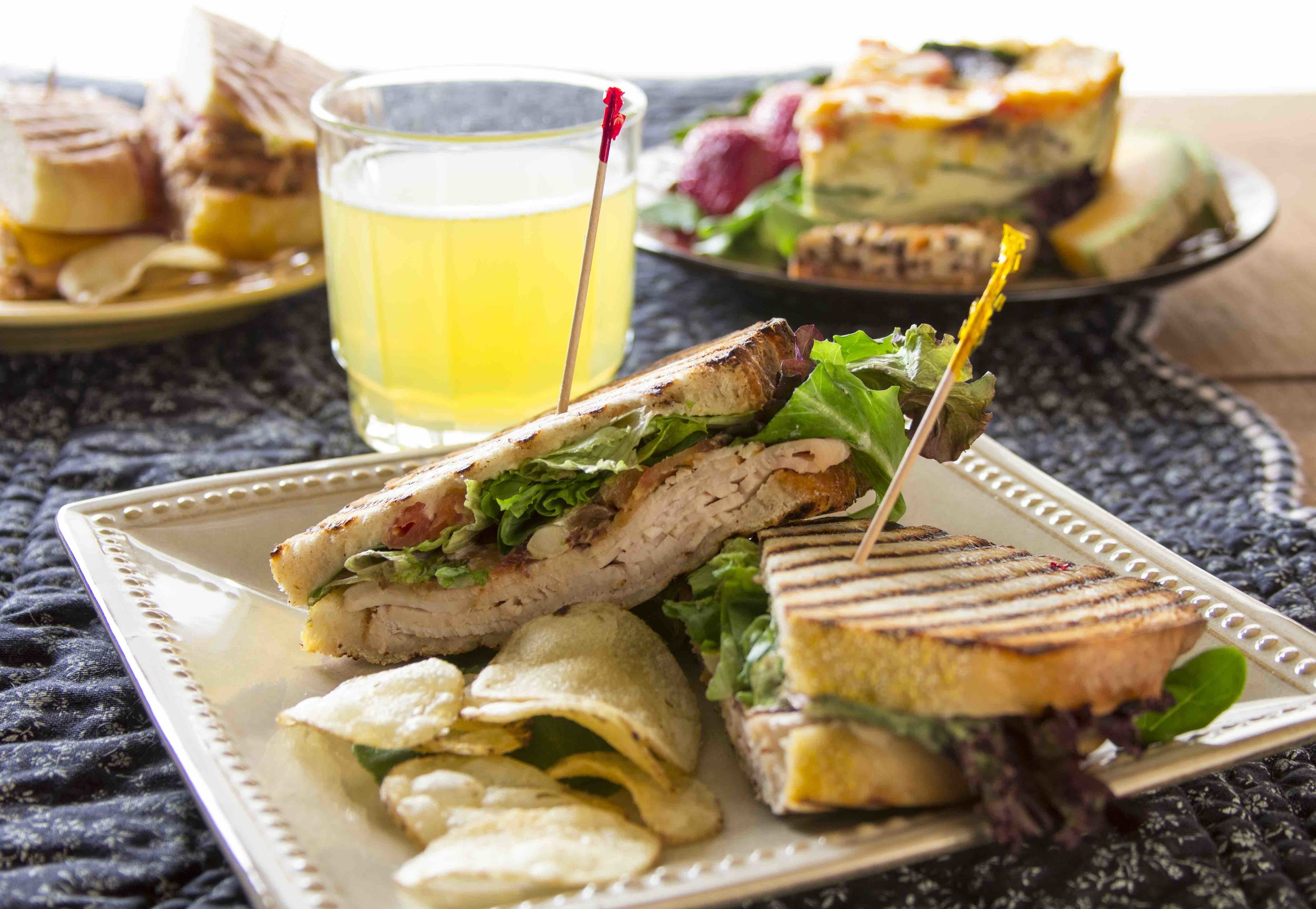 Lunch & Dinner -