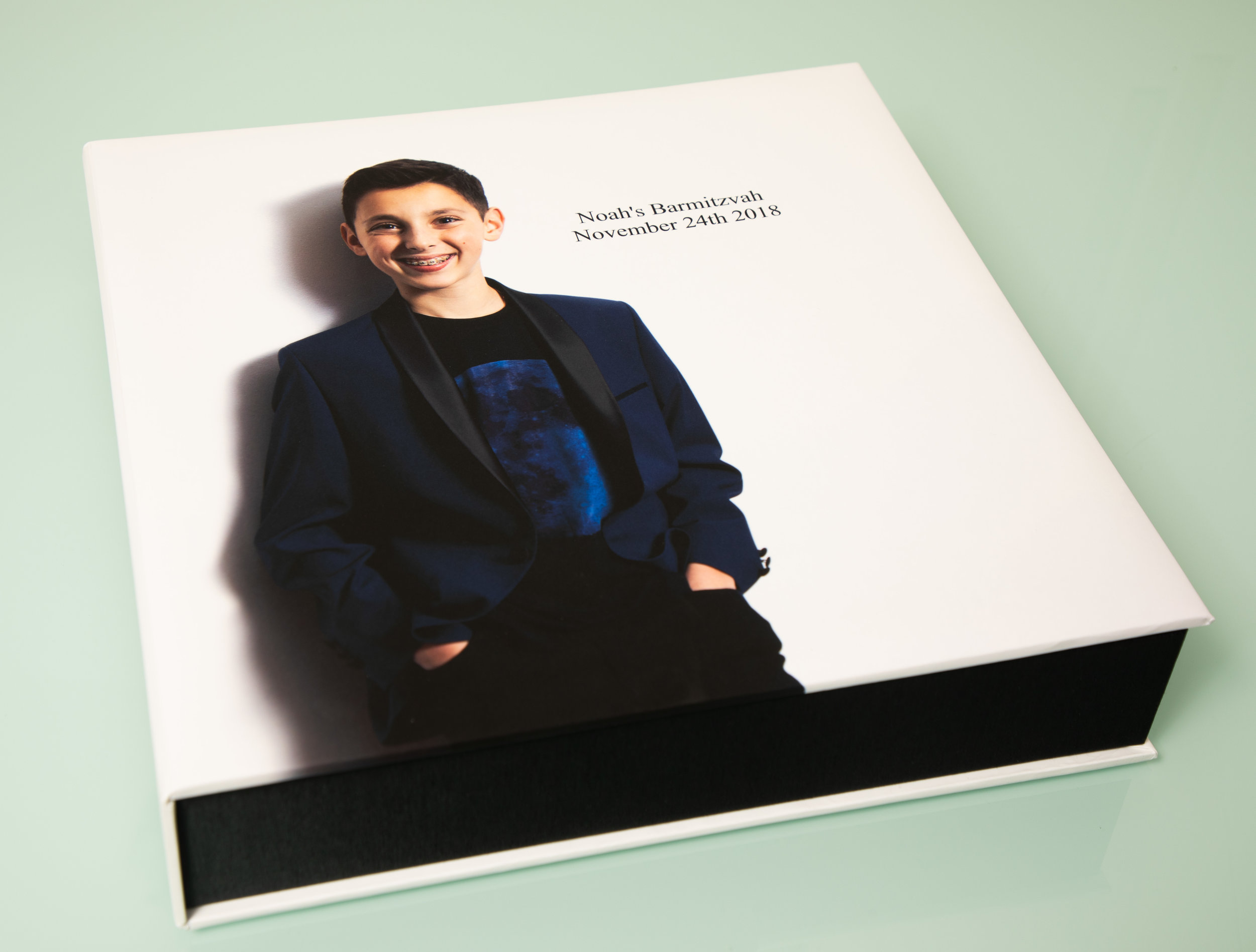 Box with image cover for main album