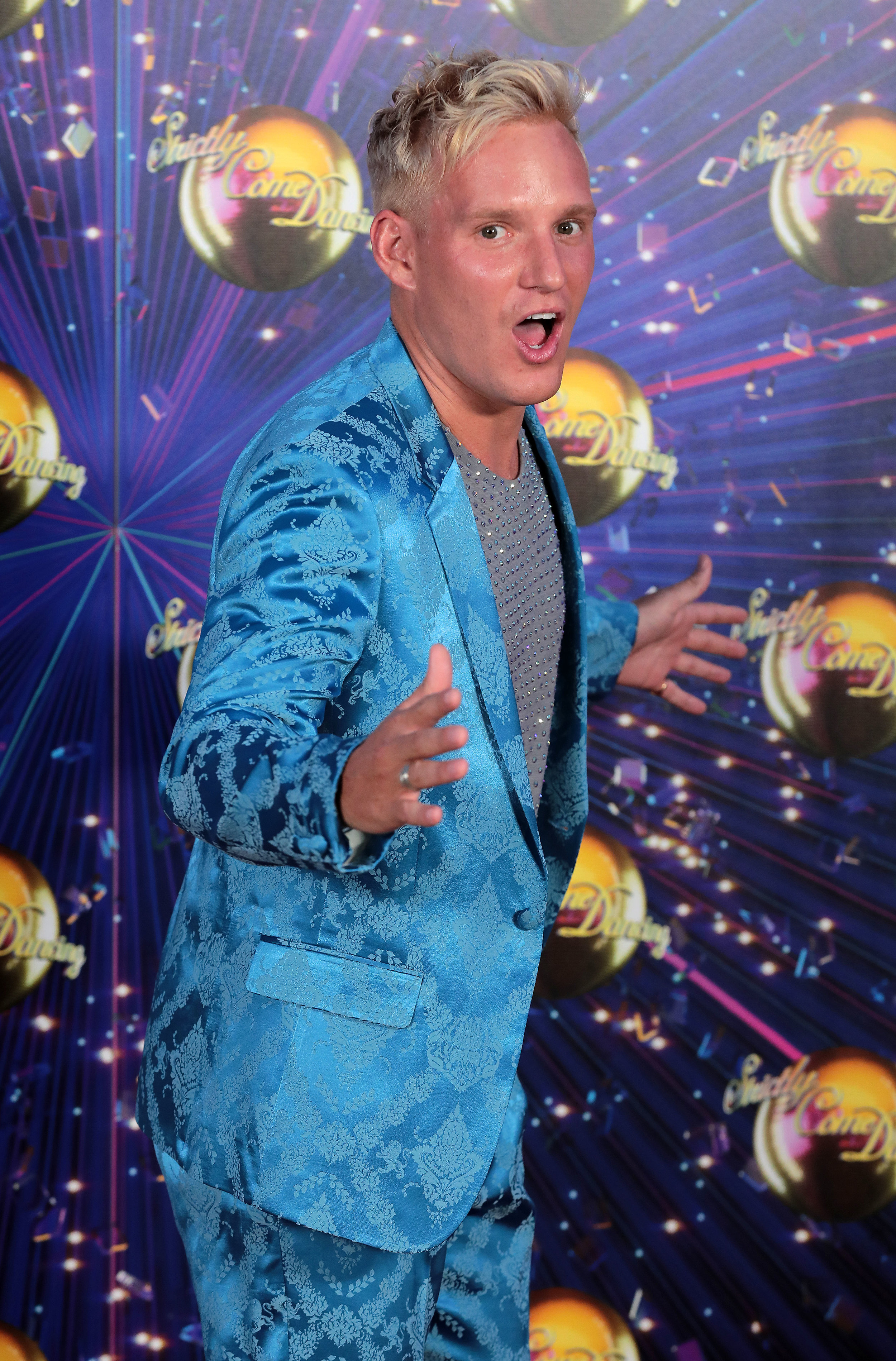 PHT_B5327_STRICTLY_COME_DANCING_LAUNCH_125824.JPG