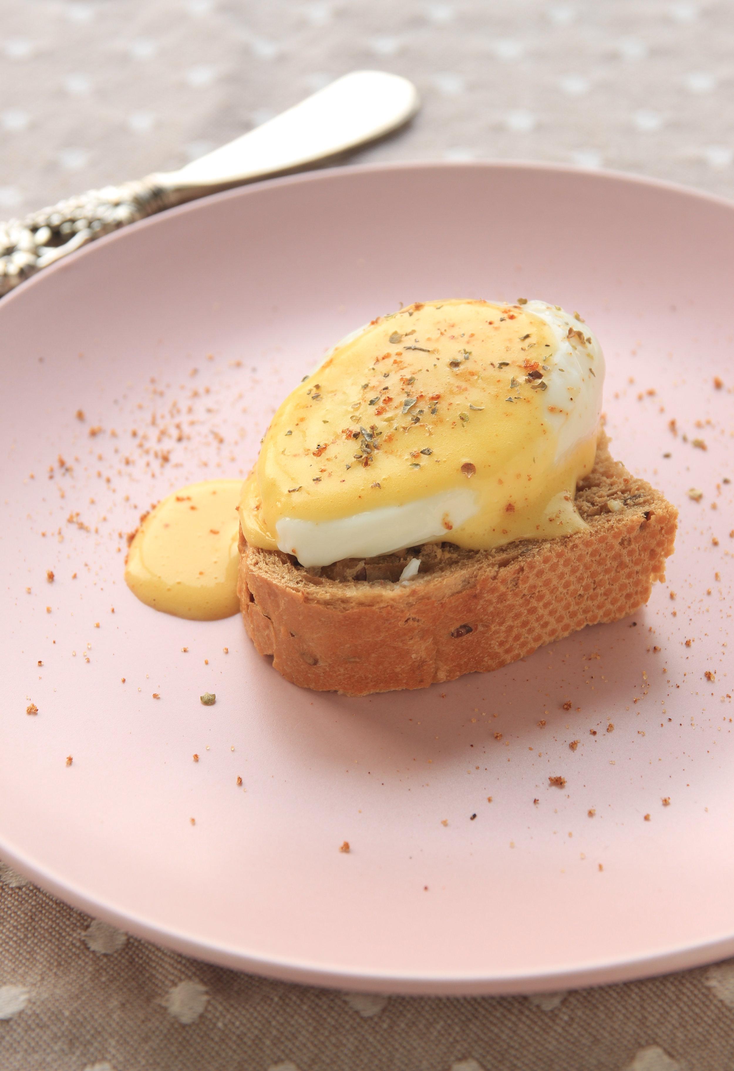 Benedict eggs