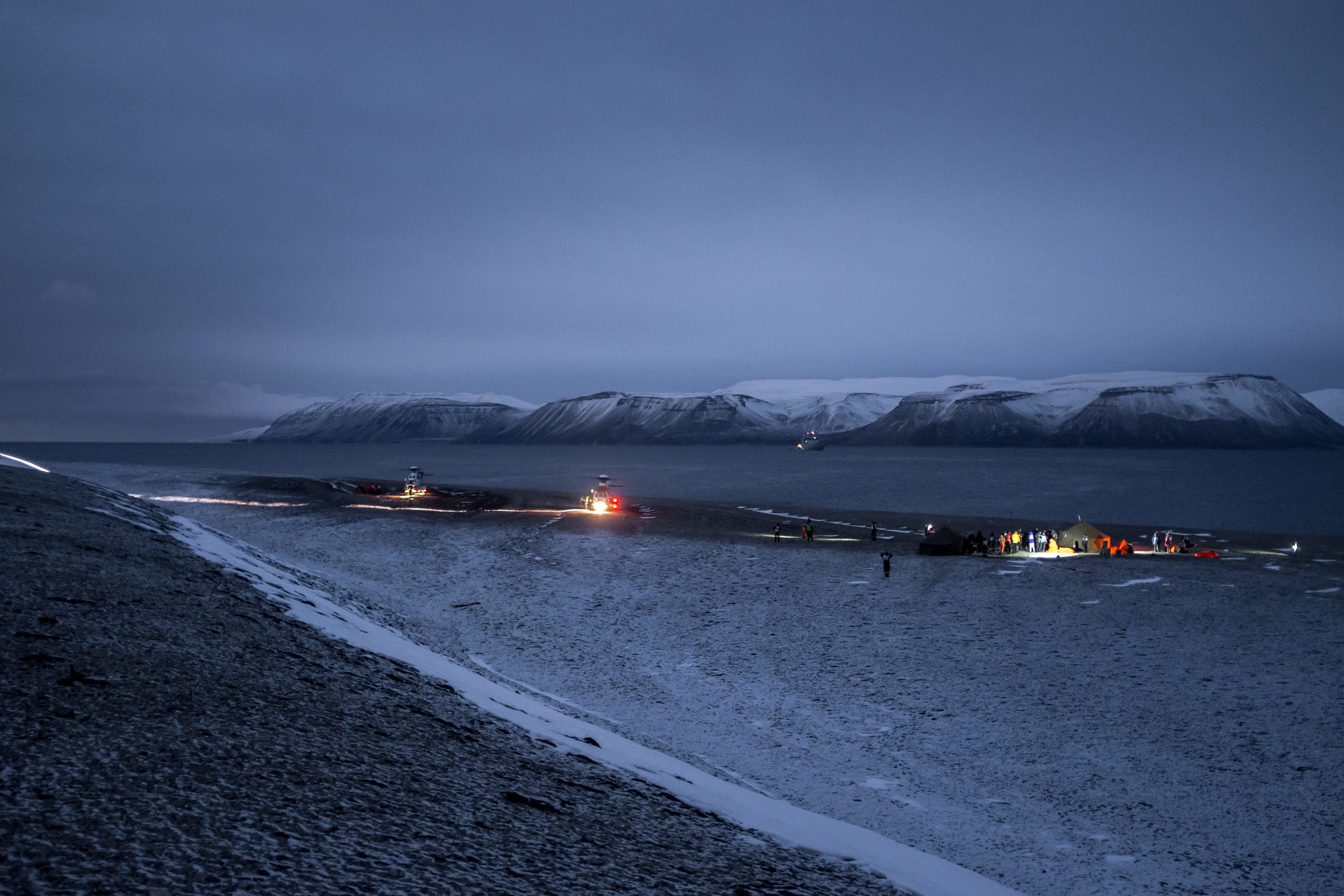In November 2014, the biggest rescue exercise in Svalbard's history was undertaken. The scenario was evacuation of passengers from a sinking cruise ship in Billefjorden. Experiences from this exercise will be among the knowledge incorporated in the new Arctic Safety Centre. Photo: Stefan Claes / UNIS