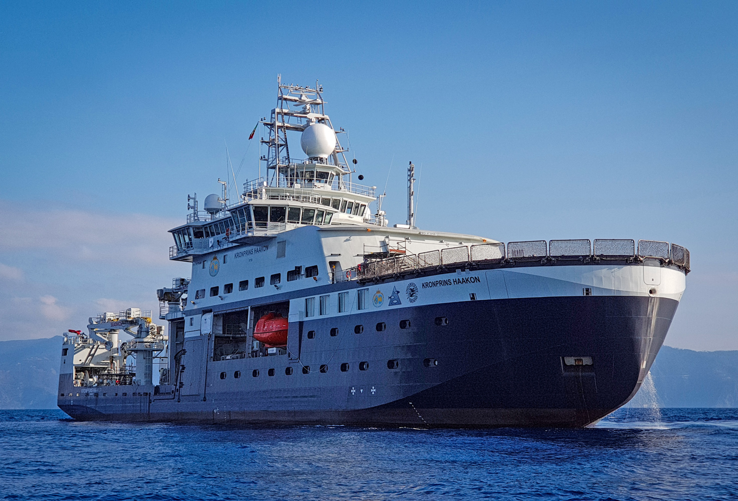 The new research vessel  Kronprins Haakon  will meet researchers' existing and future needs to visit, monitor and collect data in ice-covered and open waters at the far reaches of the globe, north and south, regardless of the season. JONAA© Øystein Mikelborg / Norwegian Polar Institute