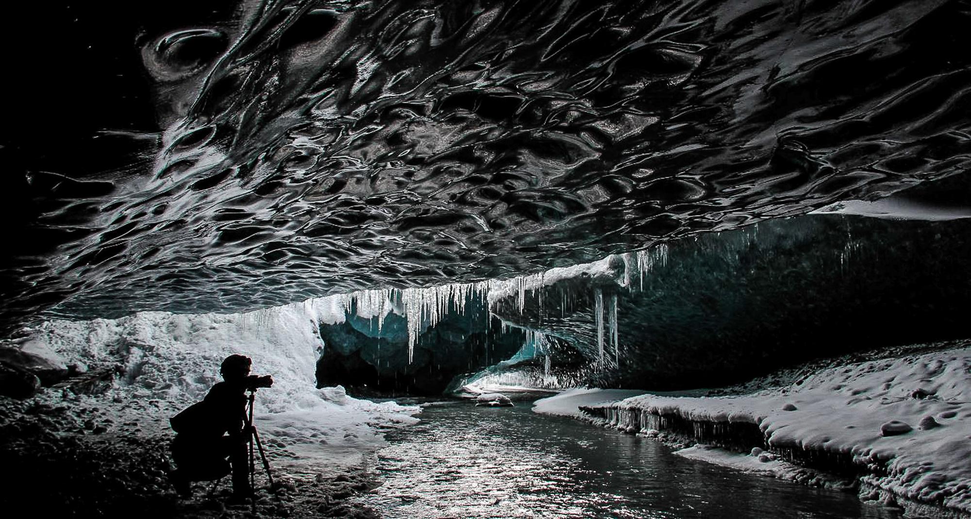 IceCavesJONAA©Agust Runarsson-35.jpg
