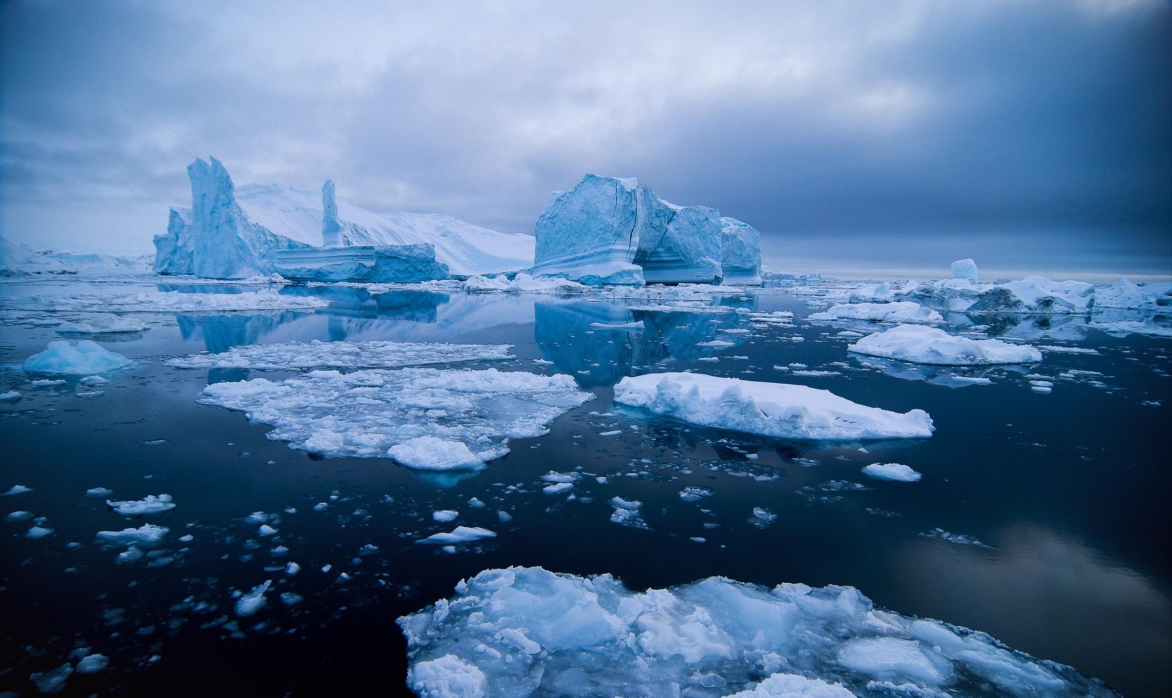 The largest icebergs in the northern hemisphere make Ilulissat a true kingdom of ice.   JONAA©Kristjan Fridriksson