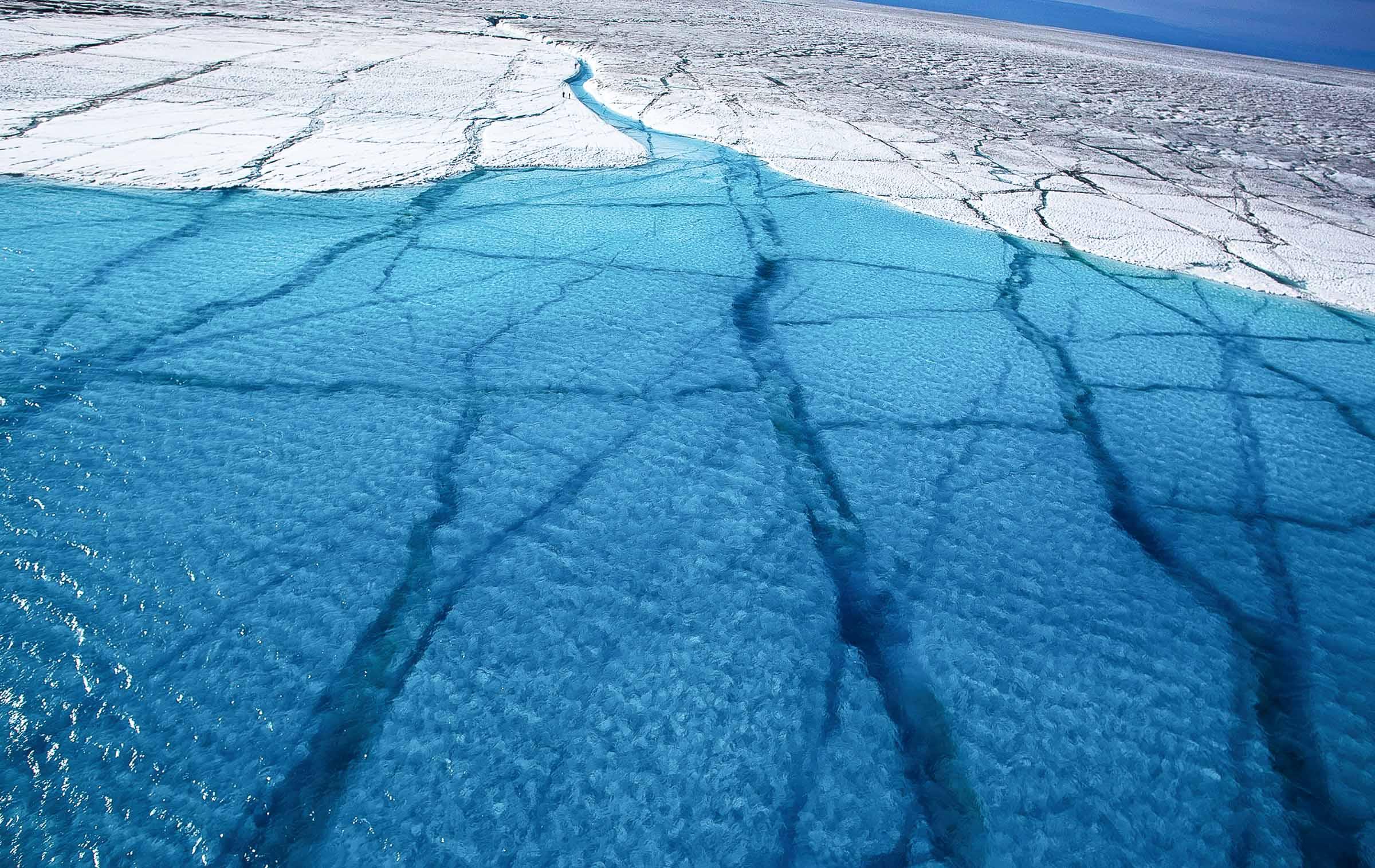Intro Glacier melt Greenland JONAA ©Ragnar Axelsson-.jpg