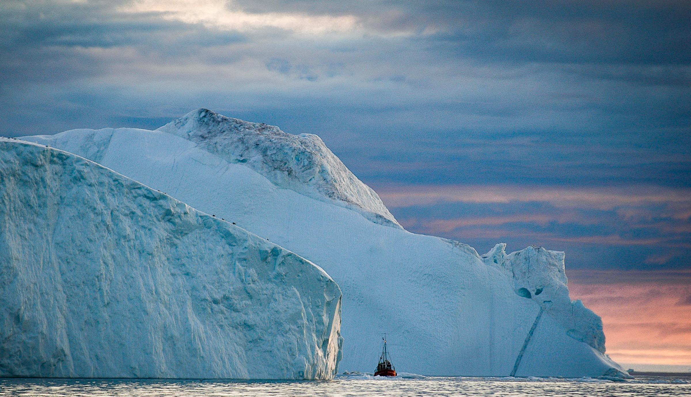 Intro Ilulissat travel JONAA ©Kristjan Fridriksson-2.jpg