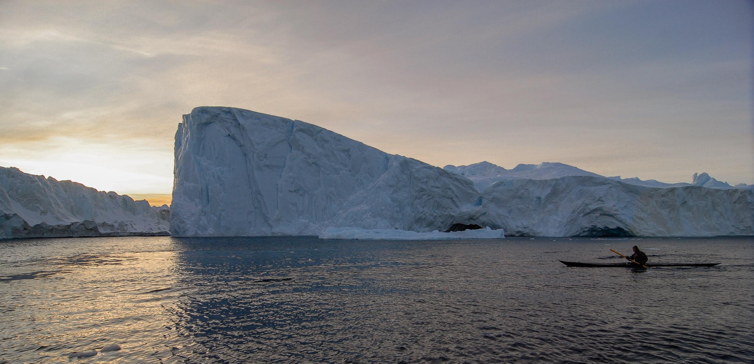 Kayaking on an Arctic winter afternoon. JONAA©Kristjan Fridriksson