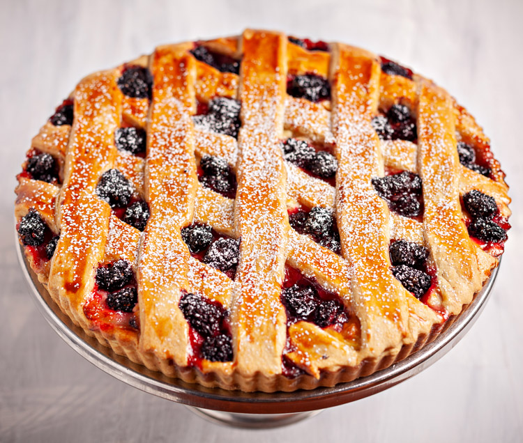 Apple & Blackberry Tart