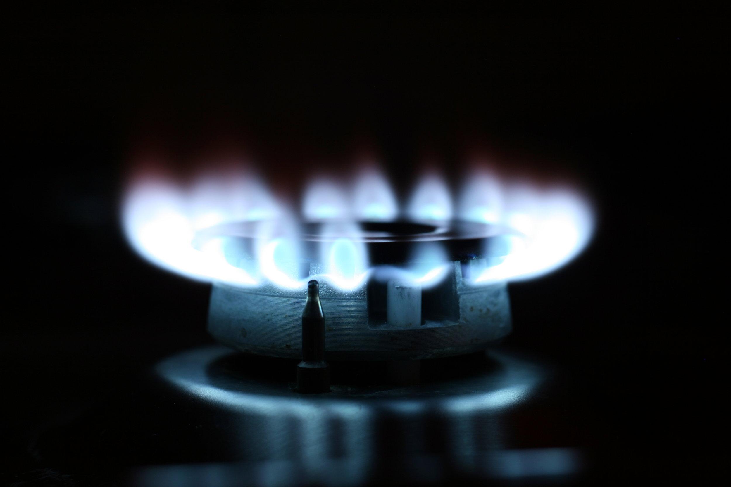 flame-fire-oven-light-77502.jpeg