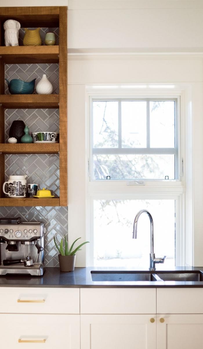 Kitchen sink wndow.jpg
