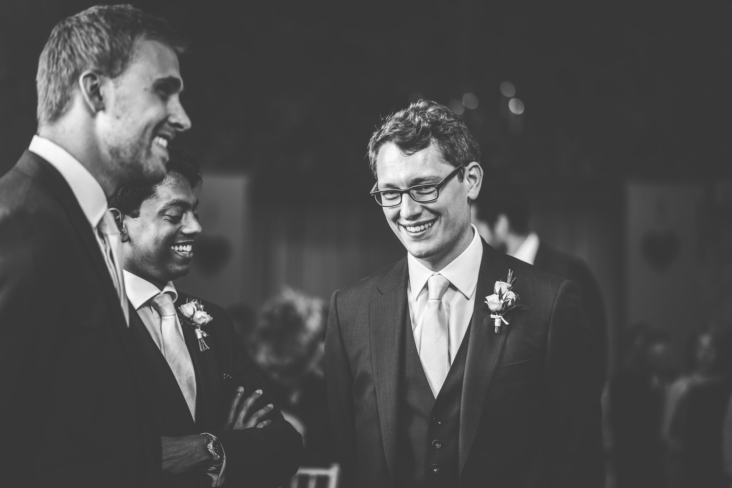 Relaxed cotswolds wedding_groom with best man