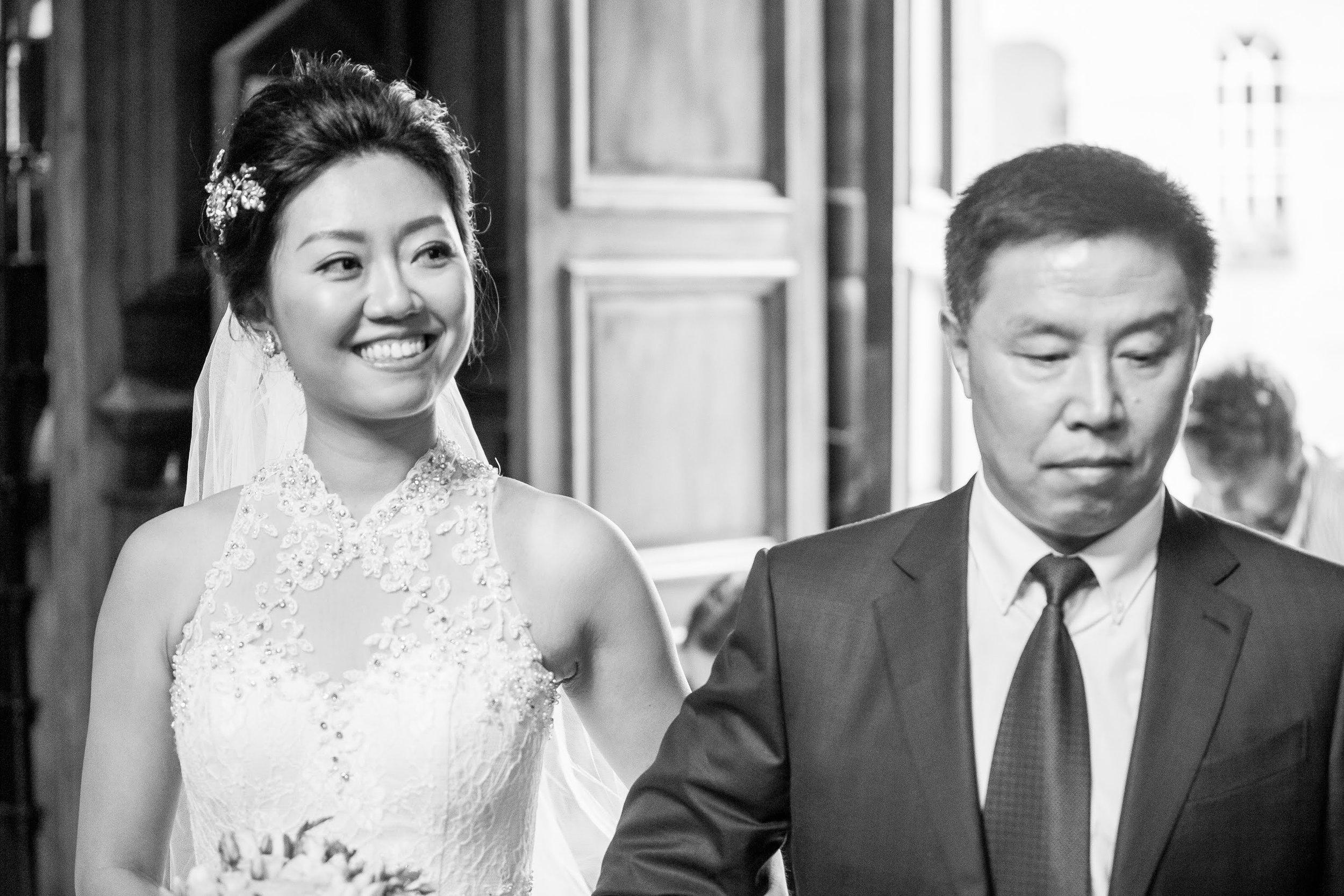 Oxford college wedding_bride walks into church